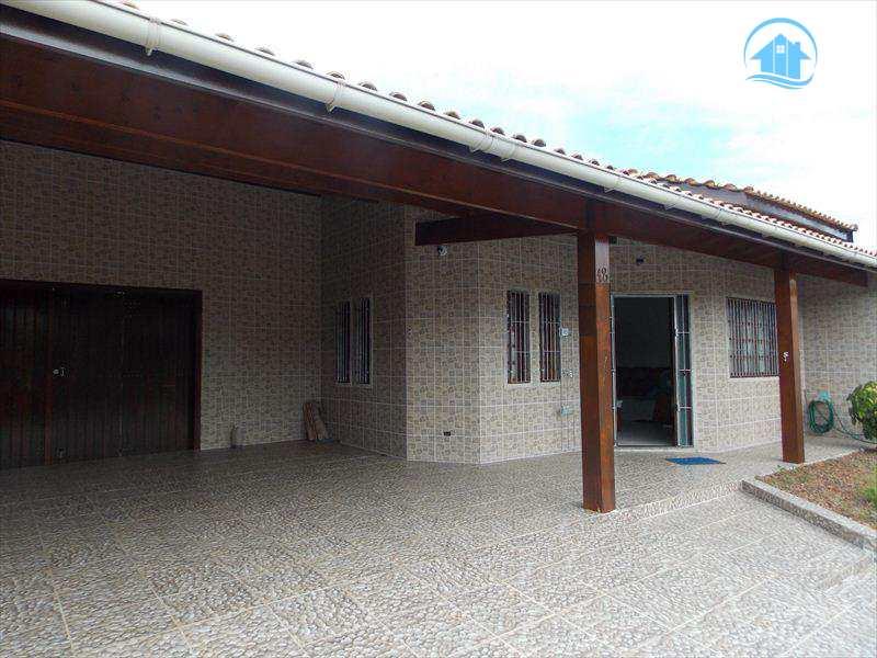 Casa em Peruíbe, bairro Jardim Beira Mar