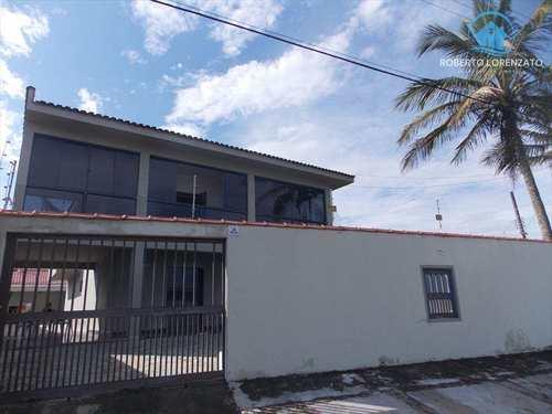 Casa, código 709 em Peruíbe, bairro Maria Helena Novaes