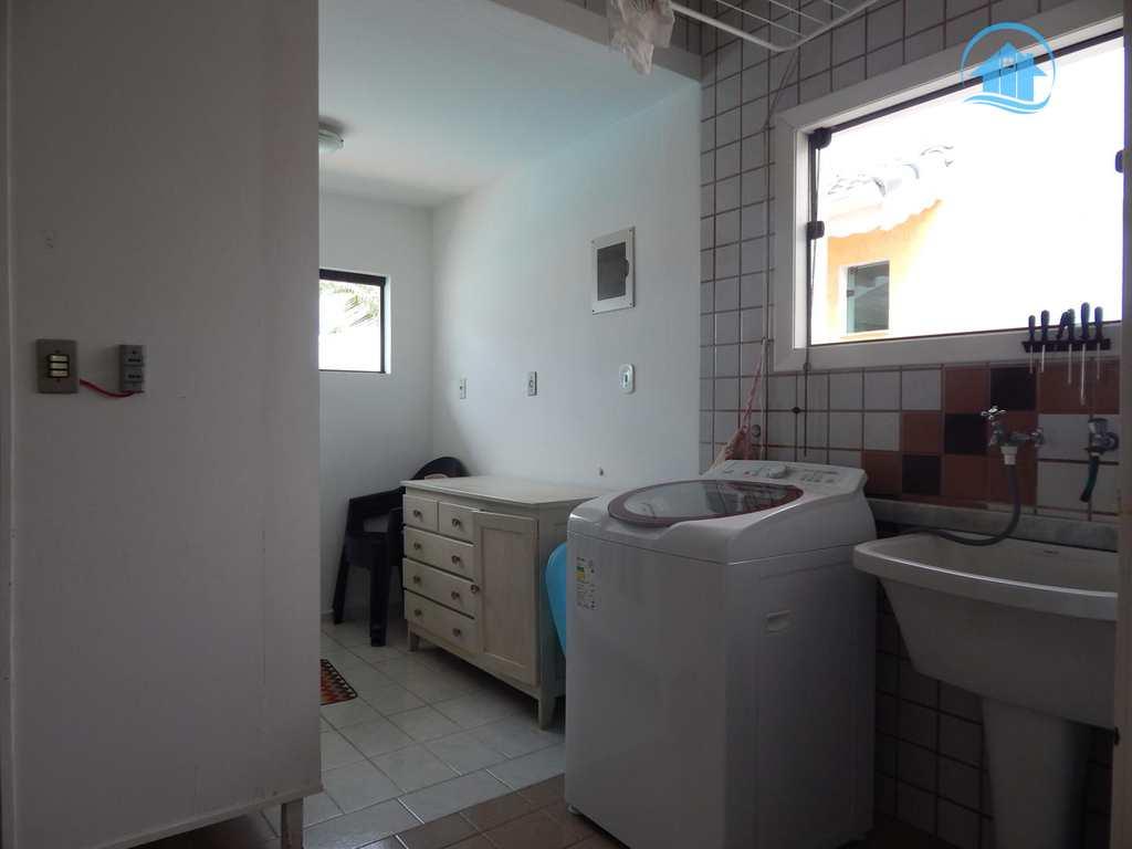 Casa de Condomínio em Peruíbe, bairro Bougainvillee III