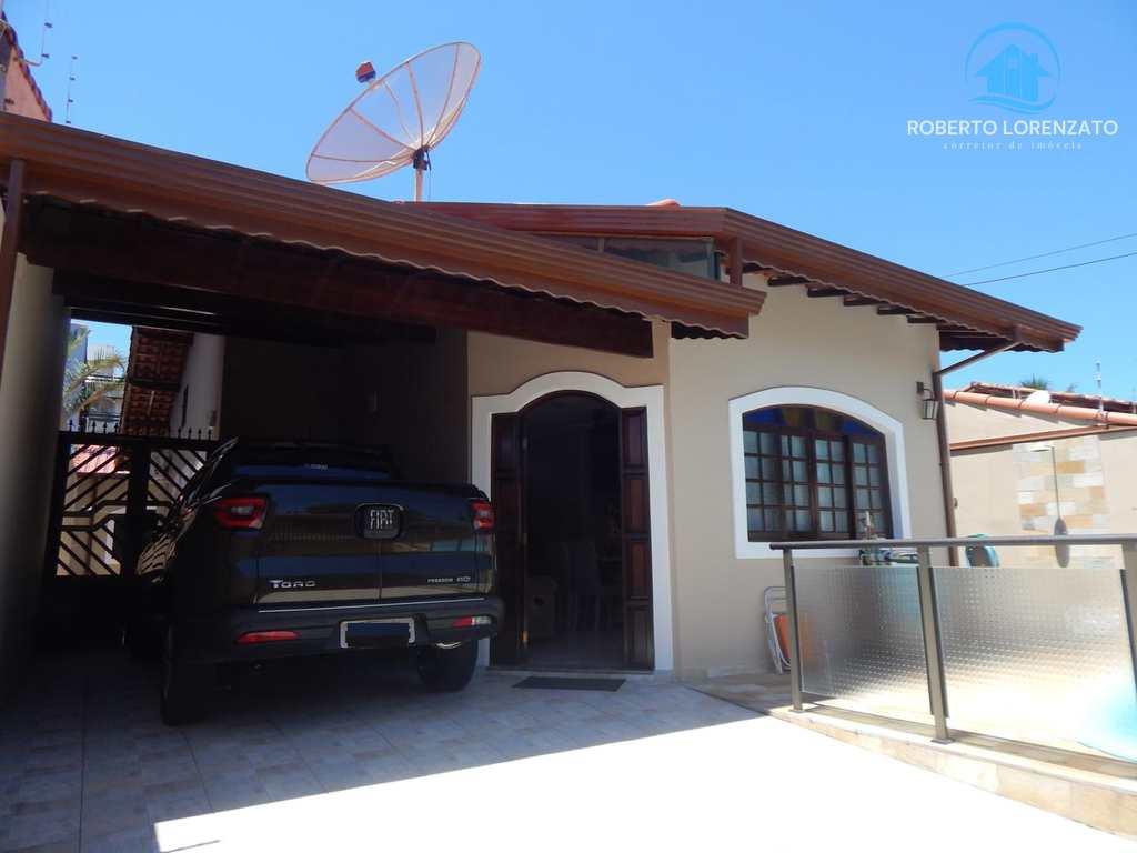 Casa em Peruíbe, bairro Samburá