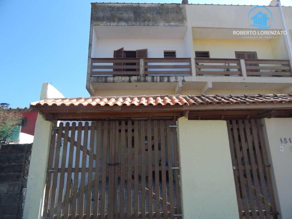 Apartamento em Peruíbe, bairro Belmira Novaes