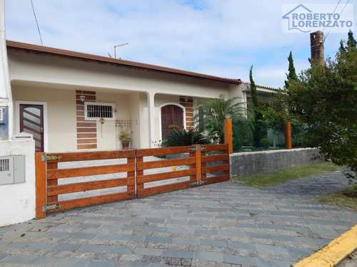 Casa, código 1191 em Peruíbe, bairro Oásis