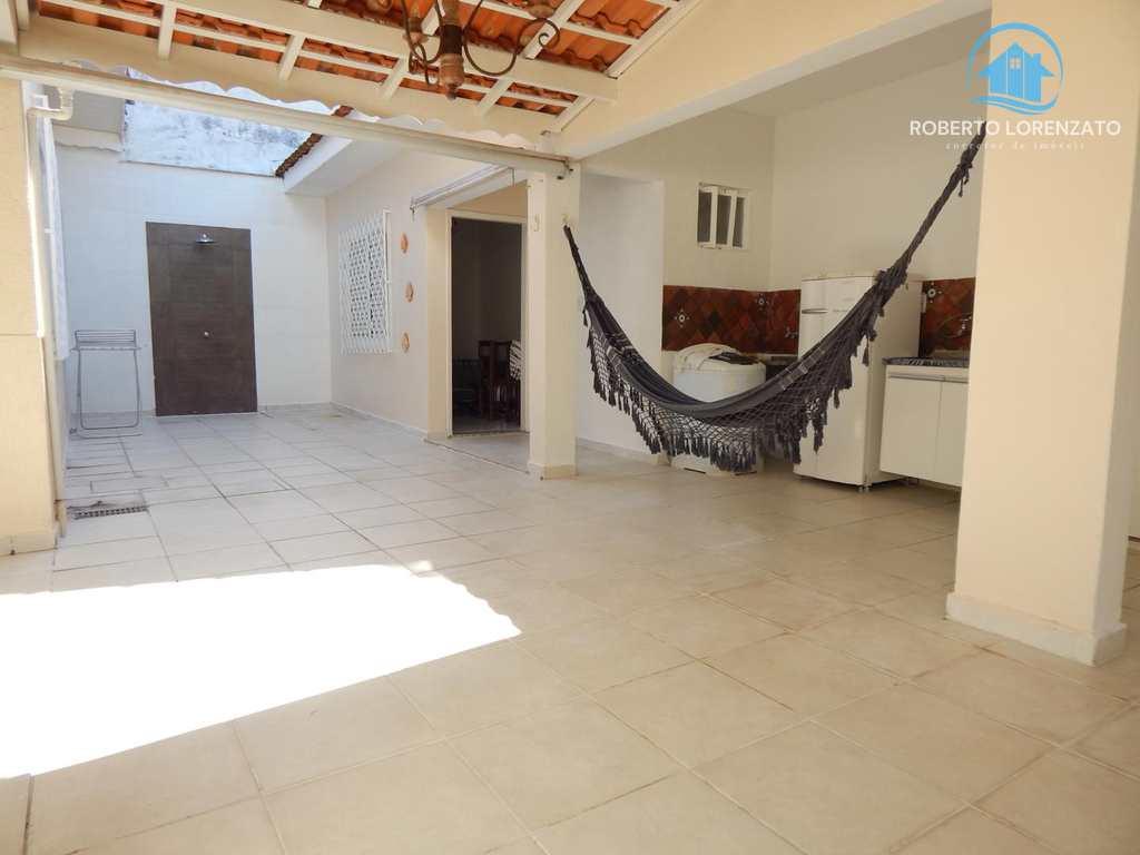 Casa em Peruíbe, no bairro Três Marias