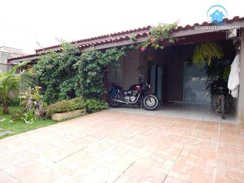 Casa, código 1267 em Peruíbe, bairro Maria Helena Novaes