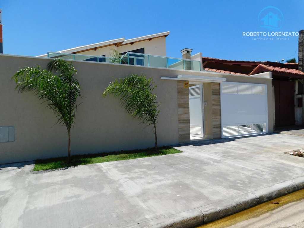 Casa em Peruíbe, no bairro São João Batista