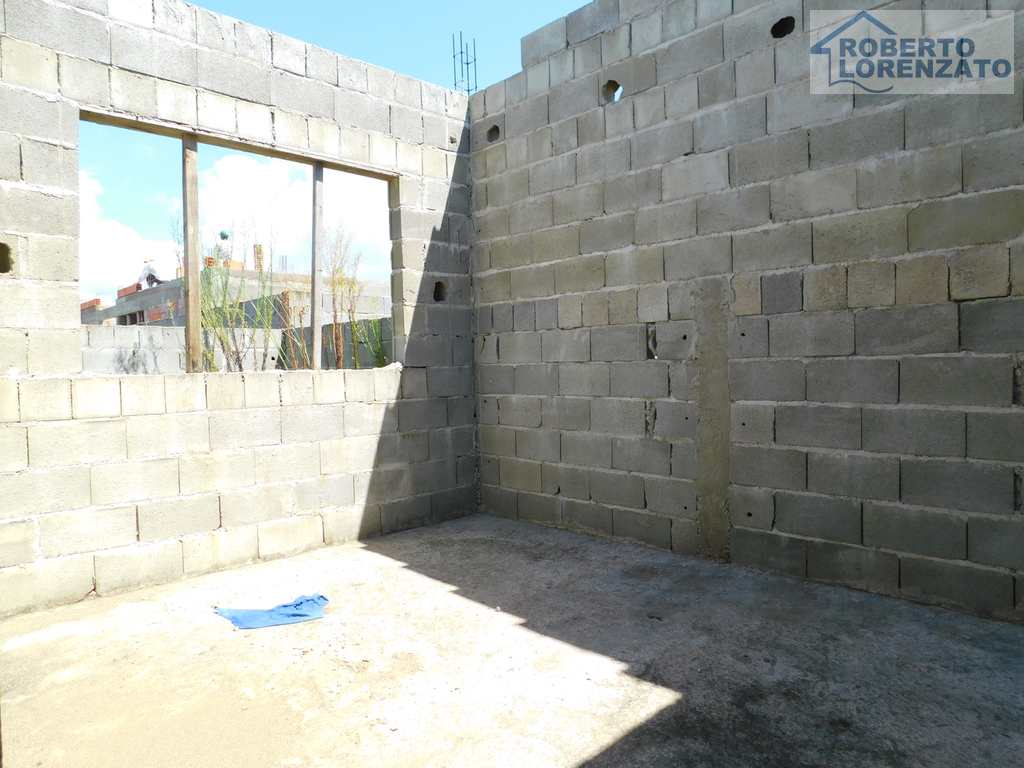 Casa em Peruíbe, no bairro Flora Rica II