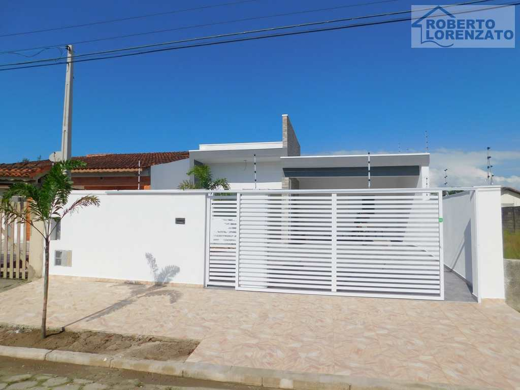 Casa em Peruíbe, no bairro Jardim Icaraiba