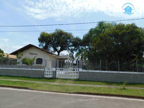 Casa, código 1596 em Peruíbe, bairro Convento Velho