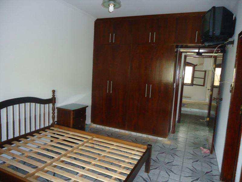 Casa em Peruíbe, no bairro Balneário Stella Maris