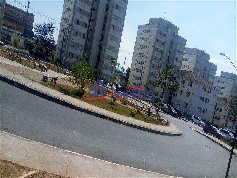 Apartamento em Guarulhos, no bairro Água Chata