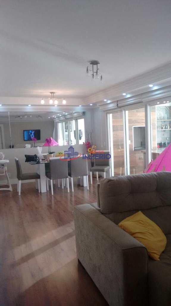 Apartamento em Guarulhos, no bairro Vila Rosália