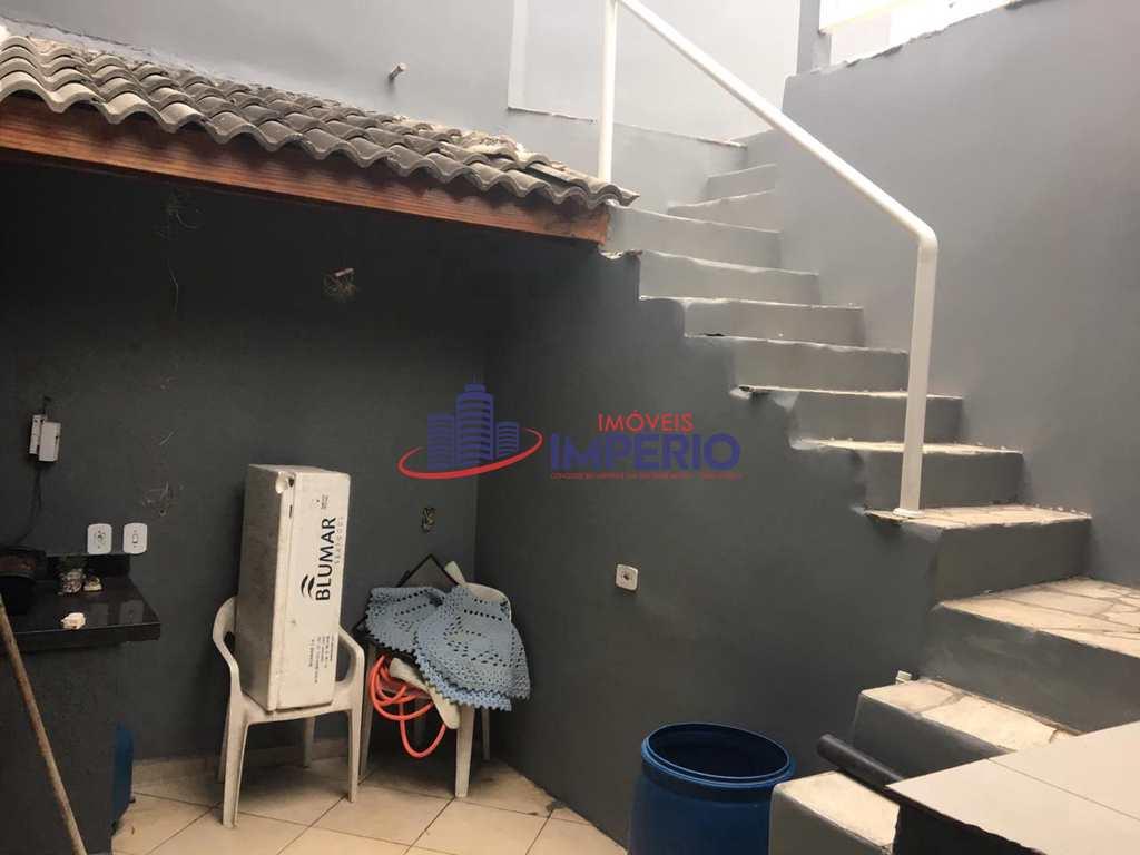 Sobrado em Arujá, no bairro Jardim Fazenda Rincão