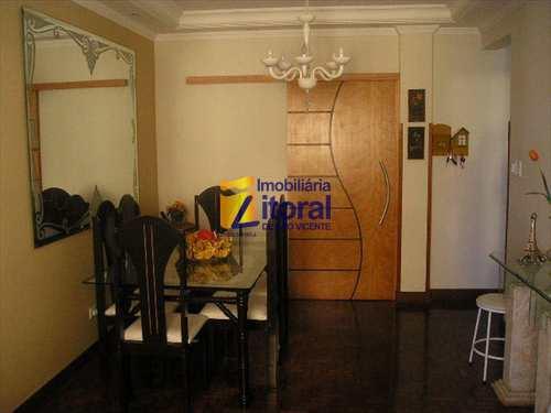 Apartamento, código 200 em São Vicente, bairro Centro