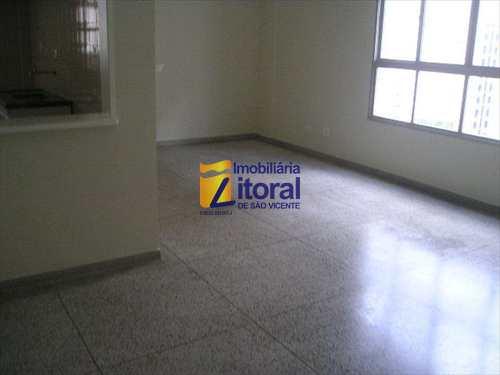Apartamento, código 136 em São Vicente, bairro Centro