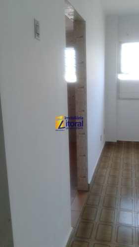 Apartamento, código 237 em São Vicente, bairro Centro