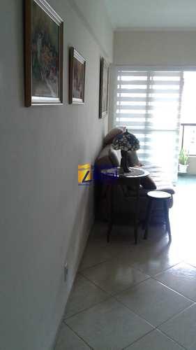 Apartamento, código 255 em São Vicente, bairro Centro