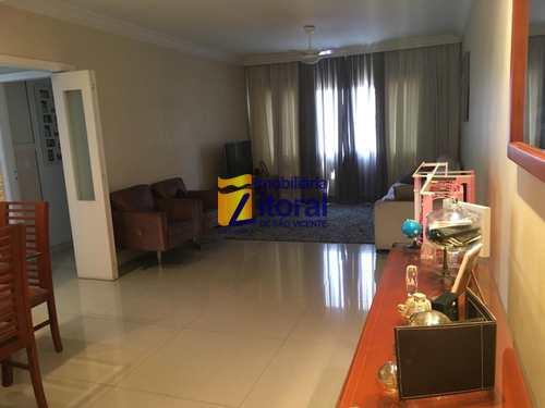 Apartamento, código 317 em São Vicente, bairro Centro