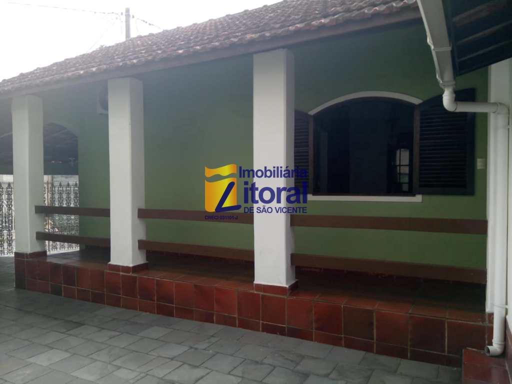 Casa em São Vicente, no bairro Catiapoa