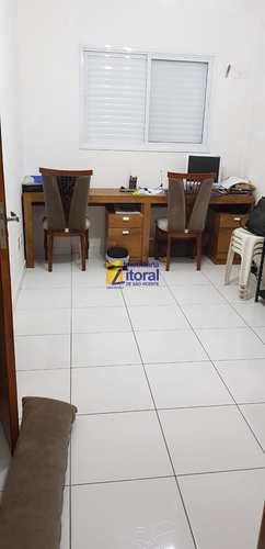 Apartamento, código 366 em São Vicente, bairro Parque Bitaru