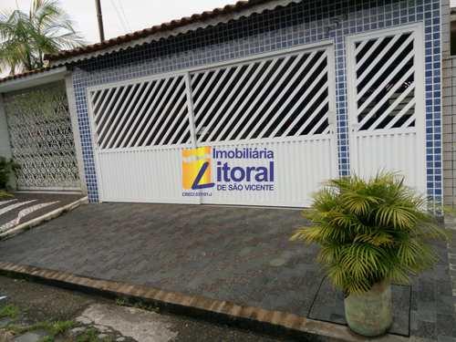 Casa, código 384 em São Vicente, bairro Parque Bitaru
