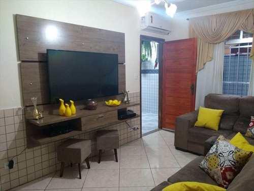 Casa, código 10363 em São Vicente, bairro Vila Margarida