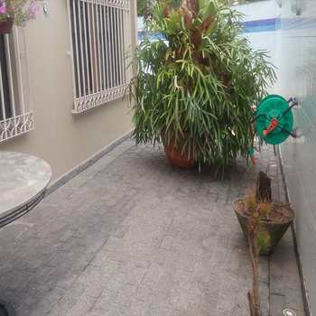 Sobrado em Santos, bairro Embaré