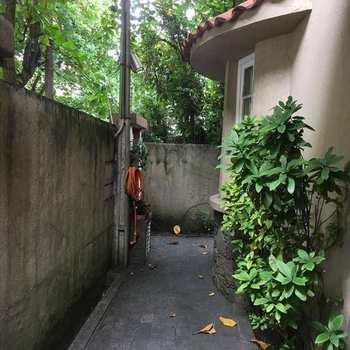 Sobrado em São Vicente, bairro Itararé