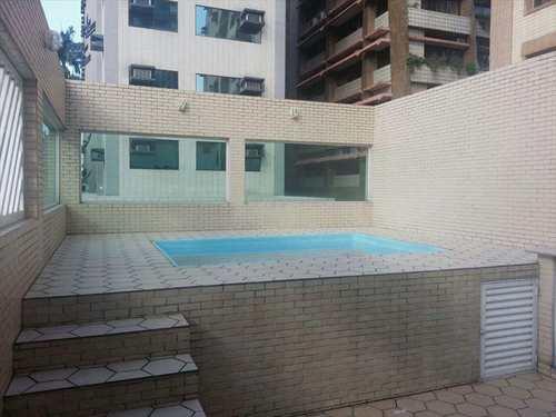 Casa, código 9849 em Santos, bairro Gonzaga