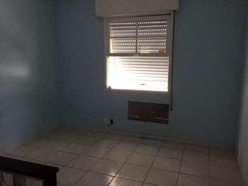 Kitnet, código 9542 em Santos, bairro Embaré