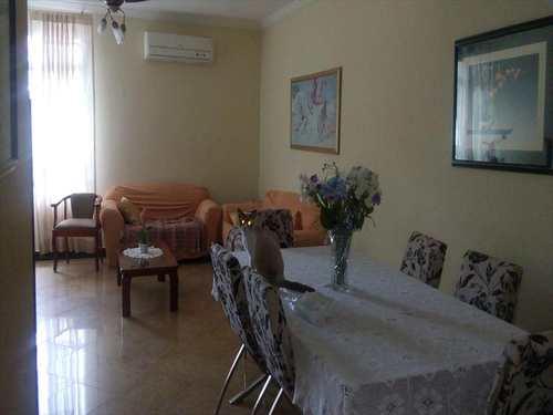 Casa, código 9538 em Santos, bairro Embaré