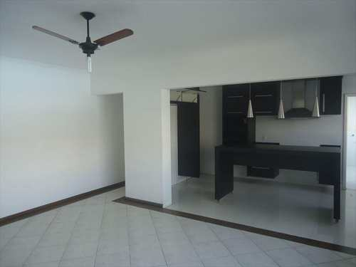 Apartamento, código 9251 em Santos, bairro Ponta da Praia