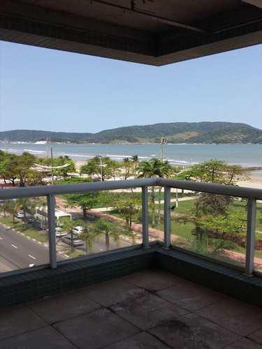 Apartamento, código 8760 em Santos, bairro Embaré