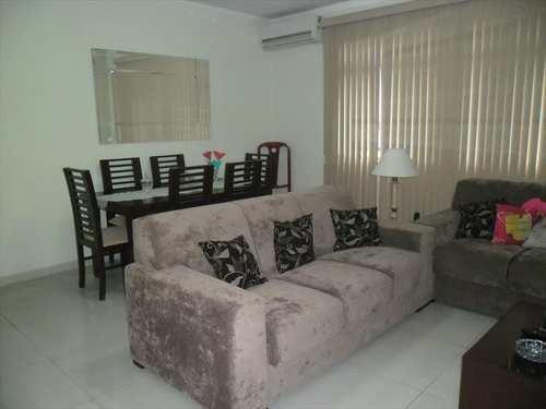 Apartamento, código 8775 em Santos, bairro José Menino