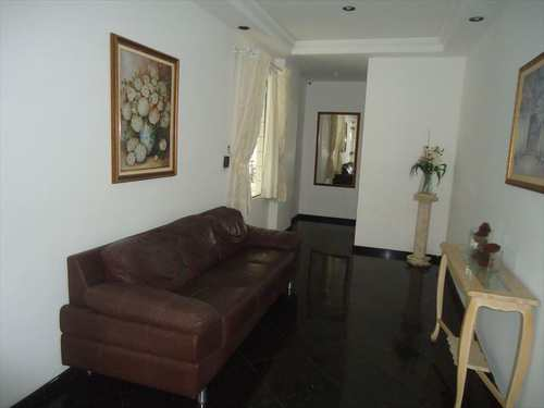 Apartamento, código 8430 em Santos, bairro Aparecida
