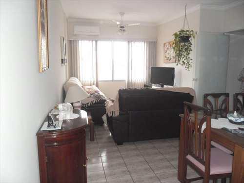 Apartamento, código 8276 em Santos, bairro Marapé