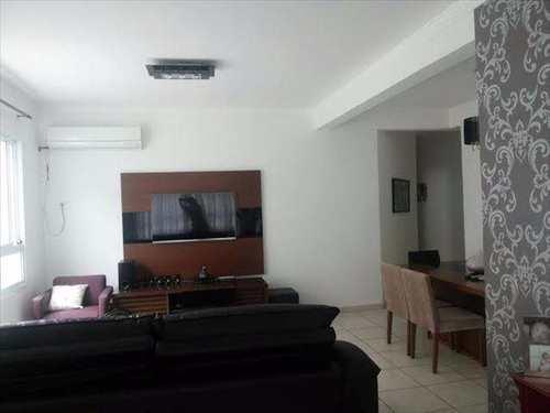 Casa, código 6792 em Santos, bairro Marapé