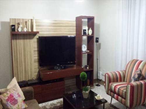 Casa, código 5516 em Santos, bairro Macuco