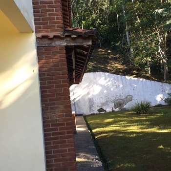 Terreno de Condomínio em Itariri, bairro Casa Branca