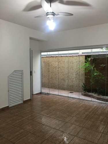Casa, código 11654 em Santos, bairro Gonzaga
