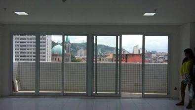 Sala Comercial em Santos, no bairro Centro