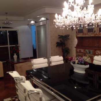 Apartamento em Limeira, bairro Centro