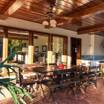 Casa em Campos do Jordão, bairro Jardim Pérola