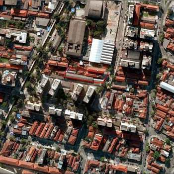 Terreno Comercial em Santos, bairro Encruzilhada