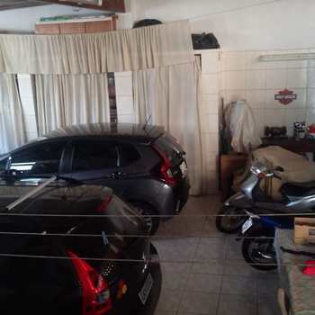 Sobrado em Santos, bairro Campo Grande