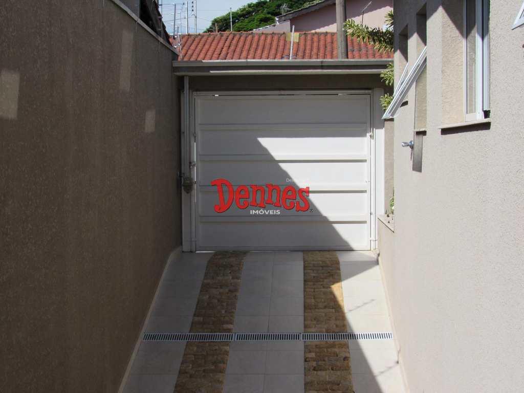 Casa em Bragança Paulista, no bairro Jardim das Laranjeiras