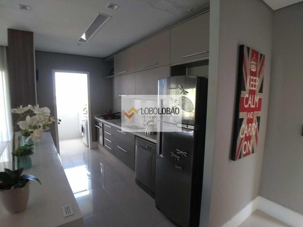 Apartamento em Taubaté, bairro Barranco