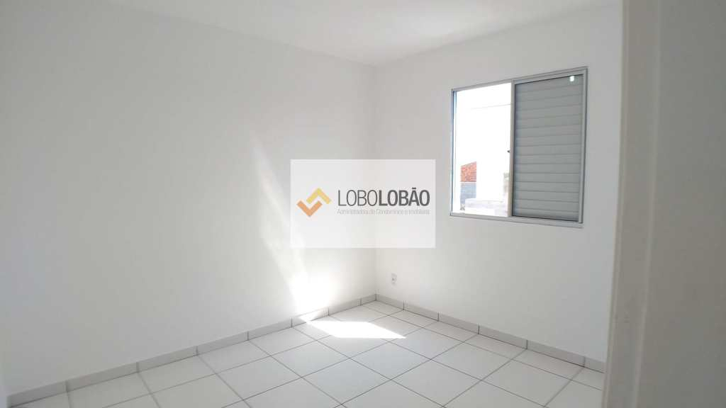 Apartamento em Taubaté, bairro Parque Senhor do Bonfim