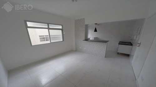 Apartamento, código 656 em Praia Grande, bairro Tupi