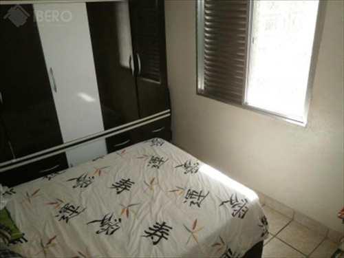 Apartamento, código 211 em Praia Grande, bairro Boqueirão