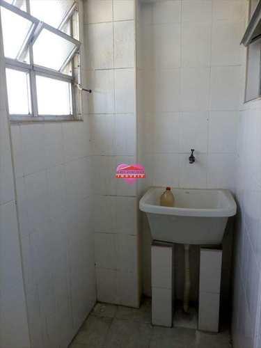Apartamento, código 606 em São Vicente, bairro Centro